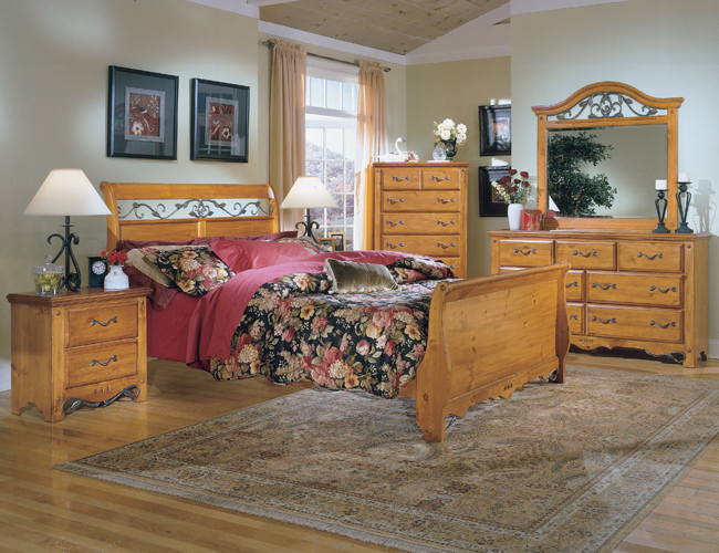 Pine bedroom furniture furniture for Pine bedroom furniture