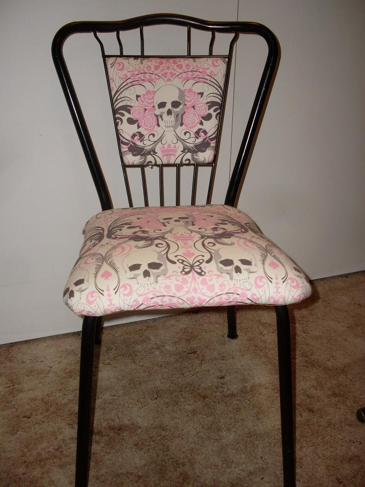 MmePolaire Re Upholstered Skull Print Sewing Chair