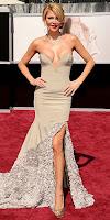 Бранди Гланвил в рокля с цепка на Оскари 2013