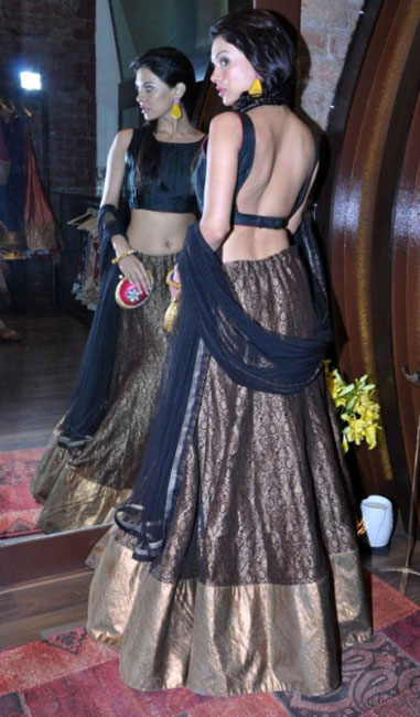 Bollywood Cuties Hot Stills at Sonam Modi Collection Launch | Actress