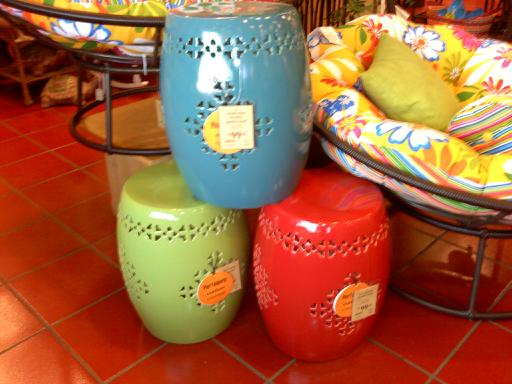 These Would Be Perfect Little Side Tables. I Am Thinking About One Of These  For My Daughters Room. Arenu0027t They Fun?