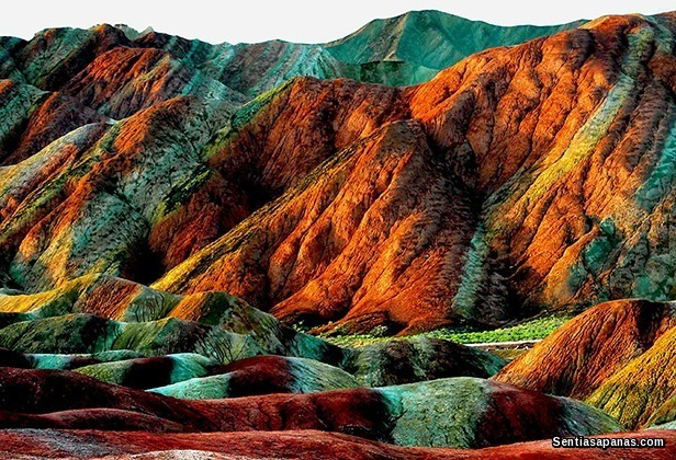Rainbow Mountain China [2]
