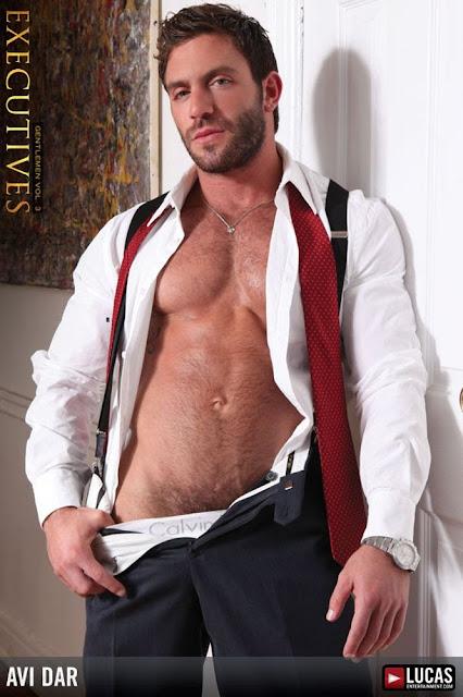 Avi Dar, desnudo, gay, Hombre, Homoerotico, Homosexual, miembro viril, modelo, musculoso, pornstar, stripper, tatuado,