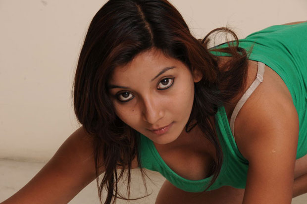 Vinni latest hot photoshoot