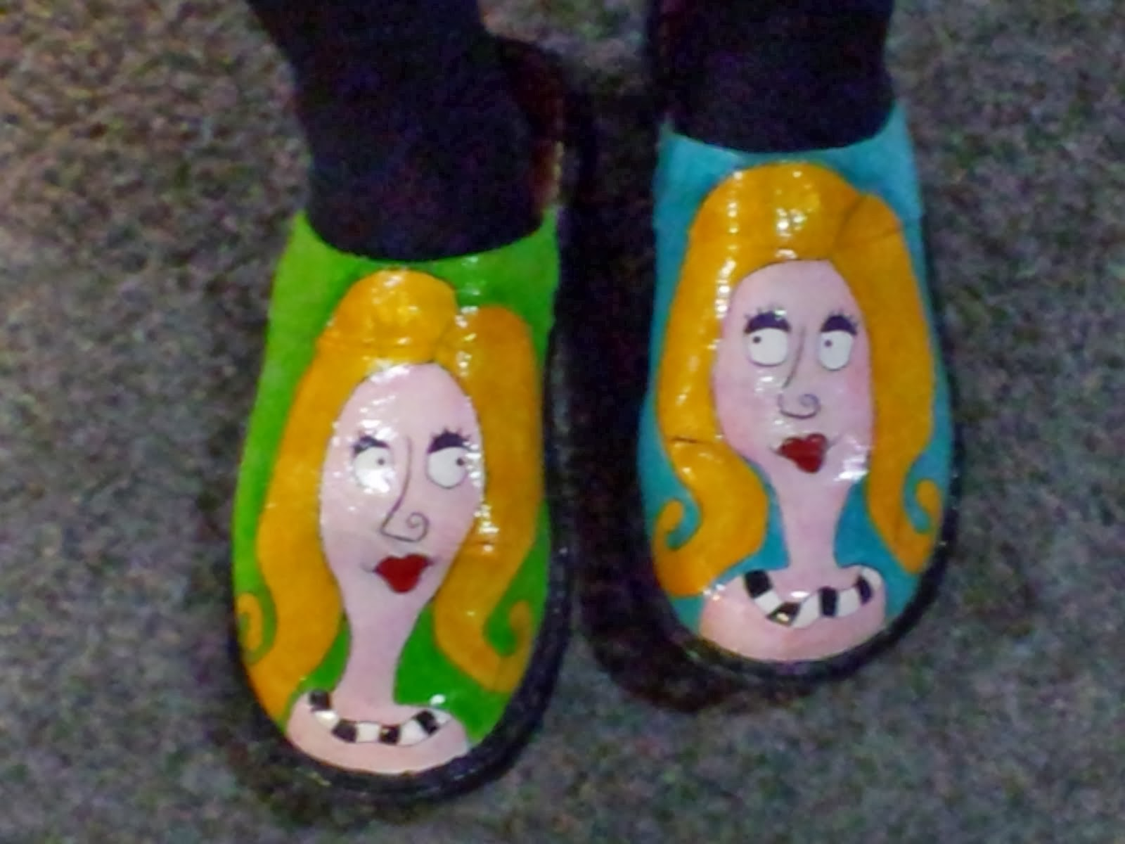 Maggie from Wyoming Paints her own shoes