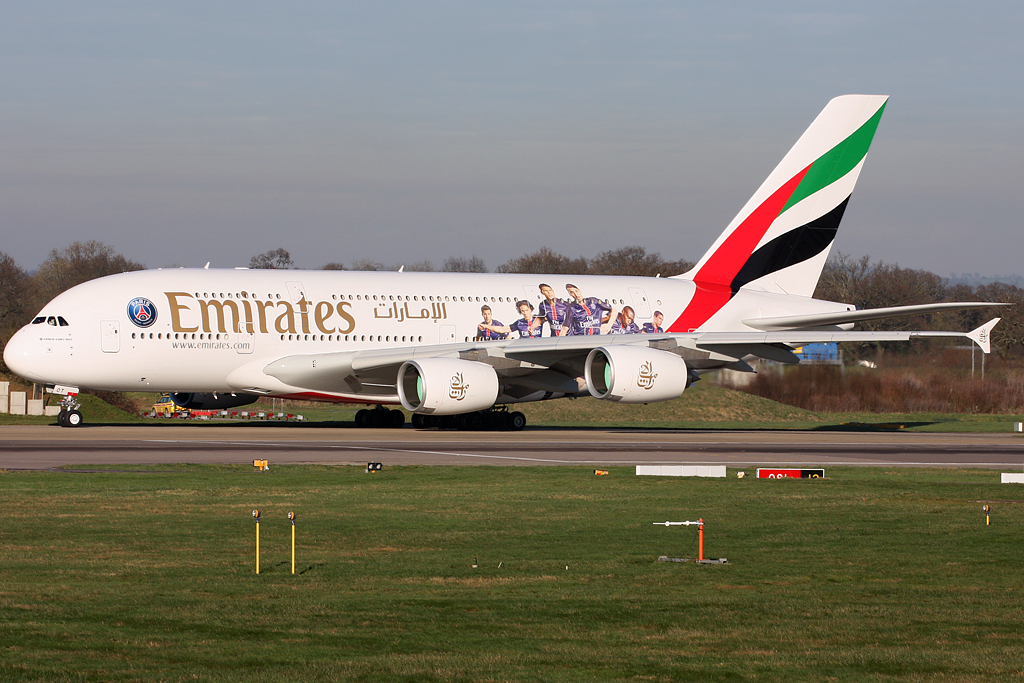 World aircraft images by terry wade a6 eot a388 uae - Paris weather 10 day forecast met office ...