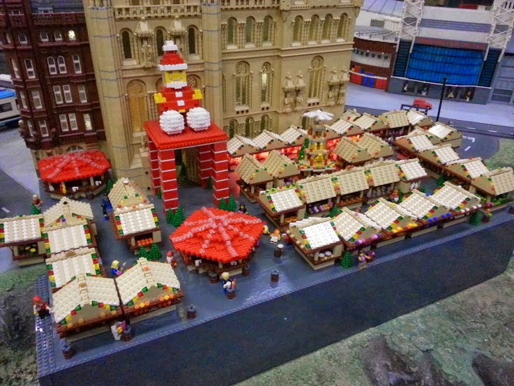 LEGOLAND Discovery Centre Manchester Christmas Market in LEGO