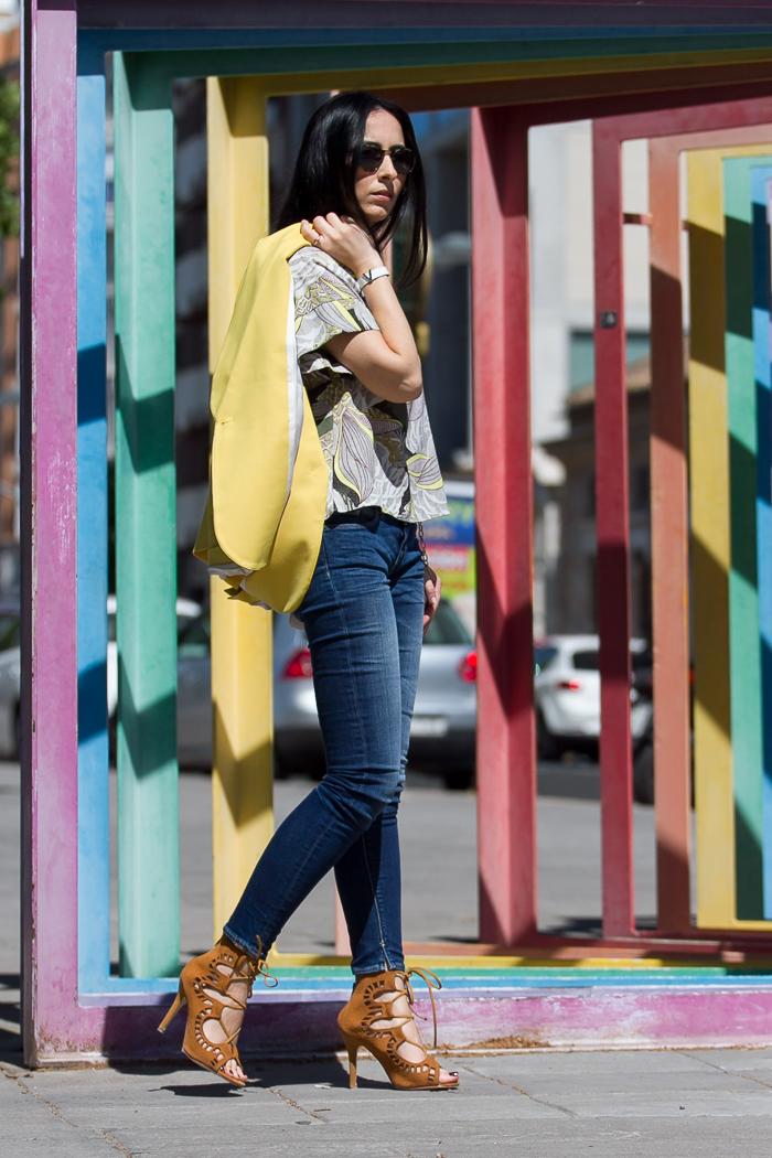 Blogger Adicta a los Zapatos con sandalias de tacón