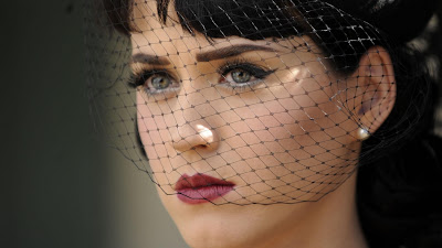 Katy Perry Wallpaper 1366x768