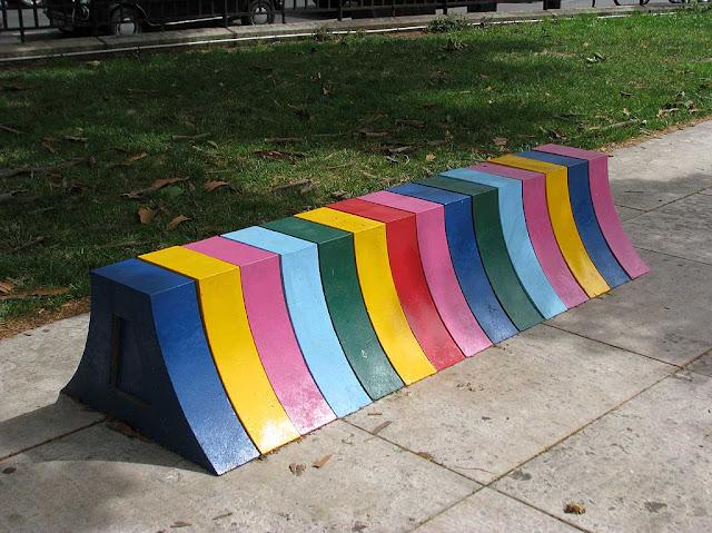 Bench, square du Général-Morin, 3e arrondissement Paris