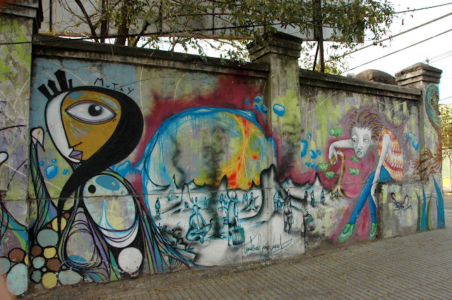 mutay graffiti street art in santiago de chile