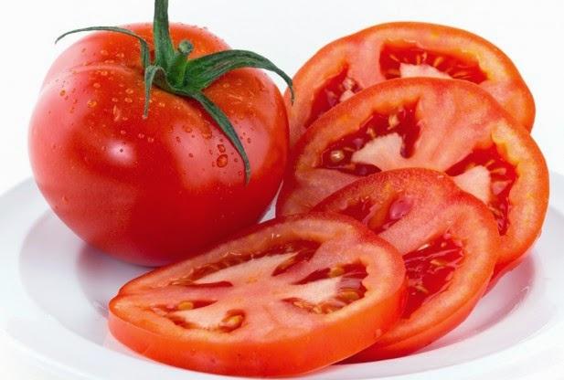 Làm đẹp hiệu quả với cà chua