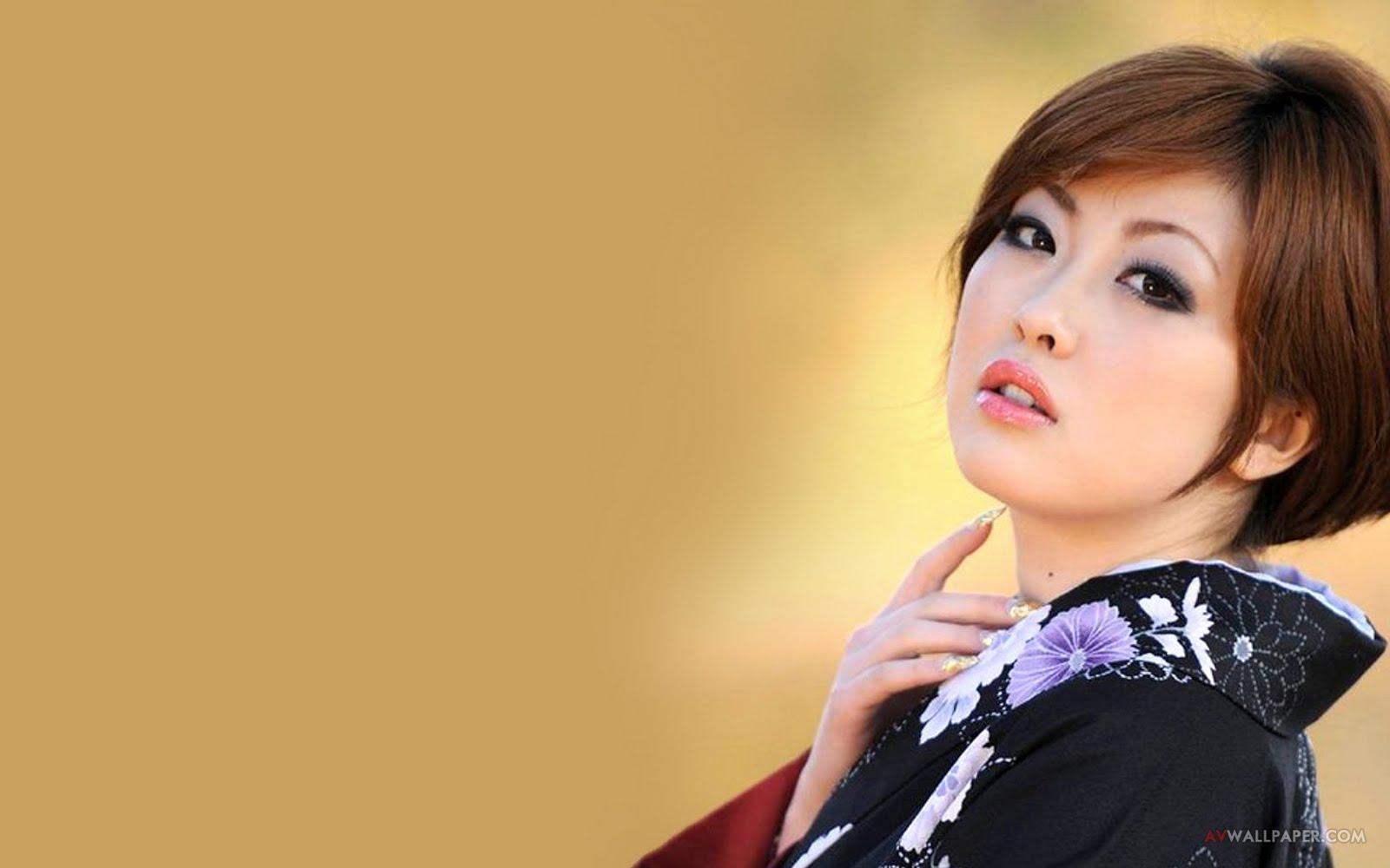 Rio Hamasaki Em 11 de junho nasceu Rio Nanasaki, atriz japonesa