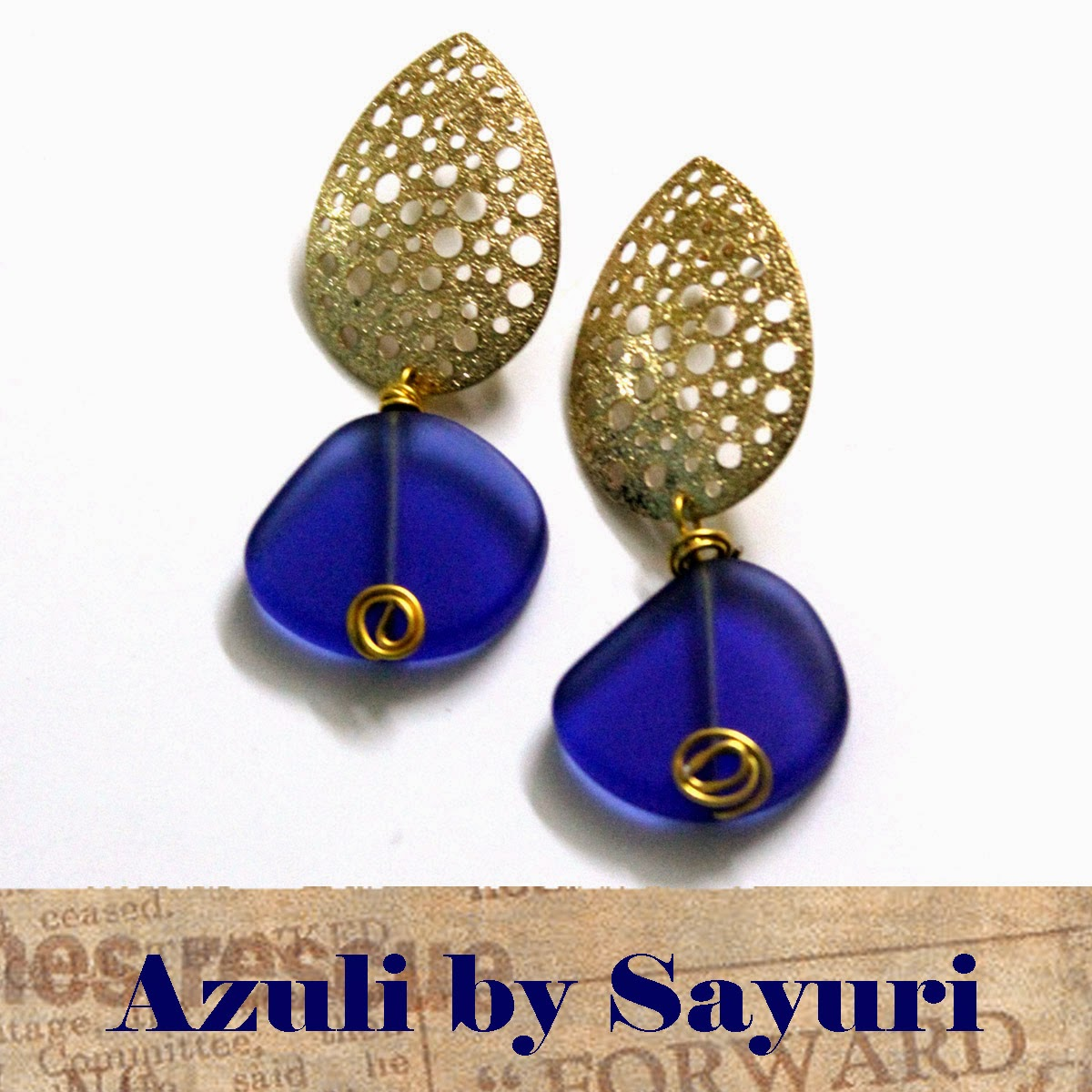 http://www.jewelsofsayuri.com/2014/10/diy-azuli-earrings.html