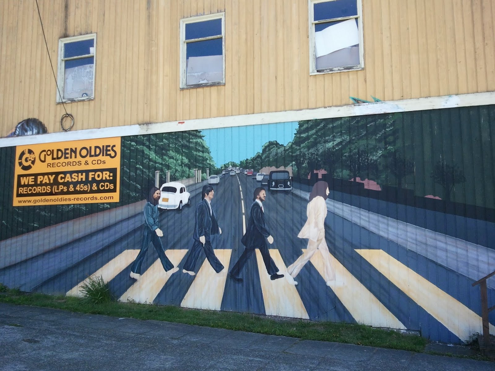 Travelmarx abbey road mural golden oldies records for Beatles wall mural