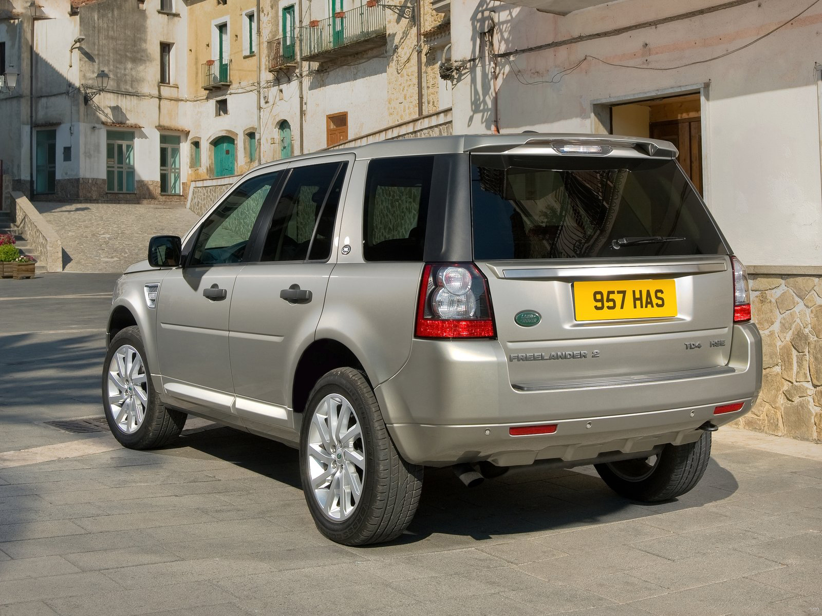 automotive database land rover freelander. Black Bedroom Furniture Sets. Home Design Ideas