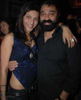 Shruti Haasan and Kamal Hassan