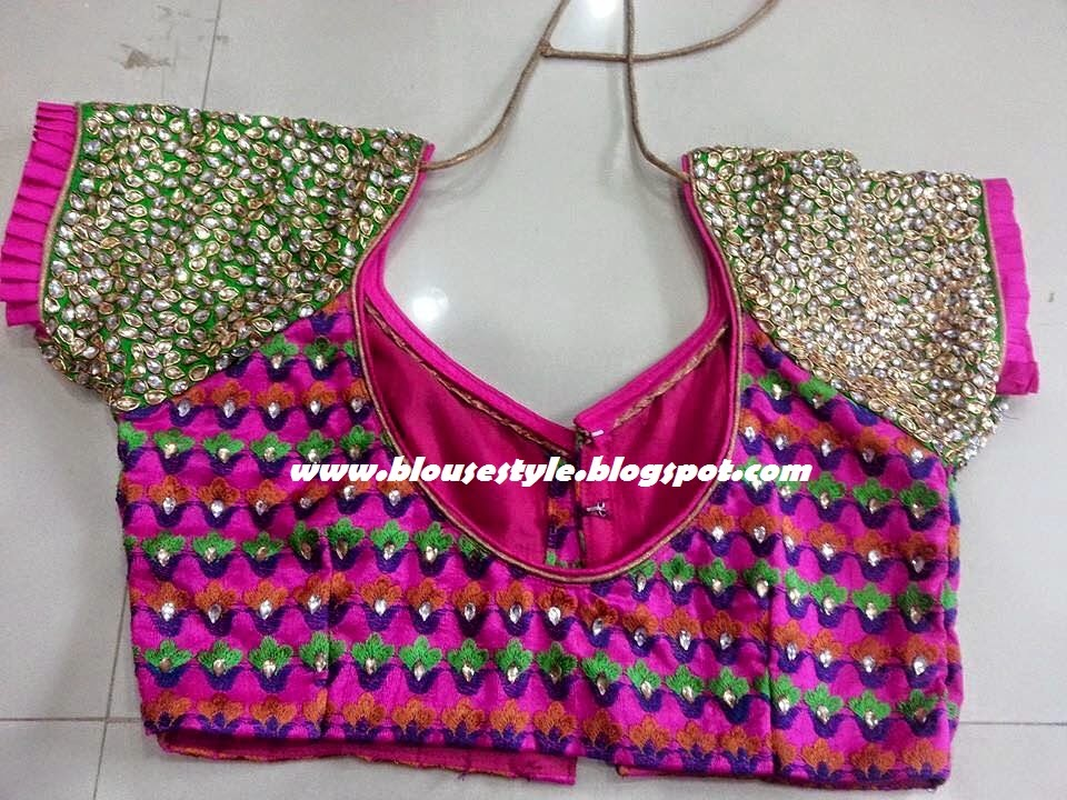 BACK FASHION BLOUSE