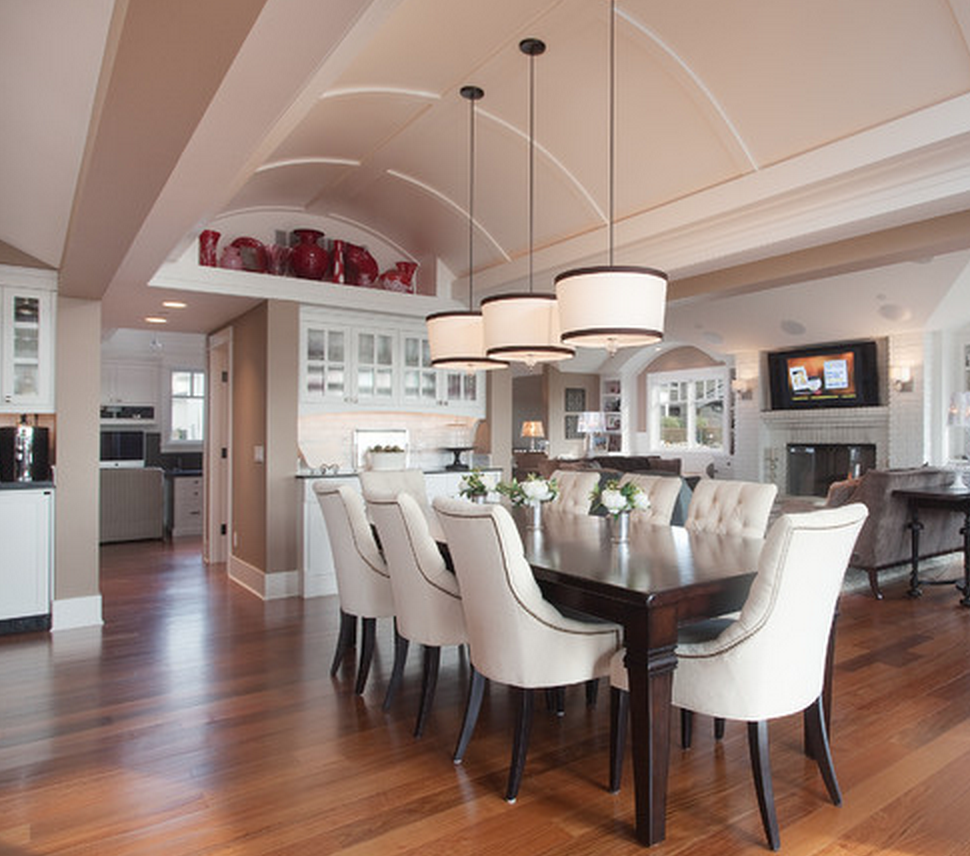 Velvet Puff: Vaulted Ceiling And Conservatory Dining Rooms
