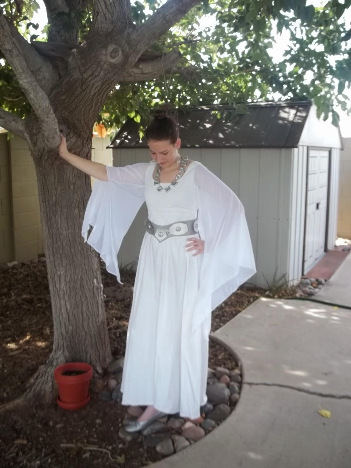 Making Rivendell in the Desert: Princess Leia\'s Ceremonial Dress