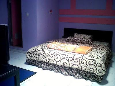 tempat tidur penginapan dieng pass