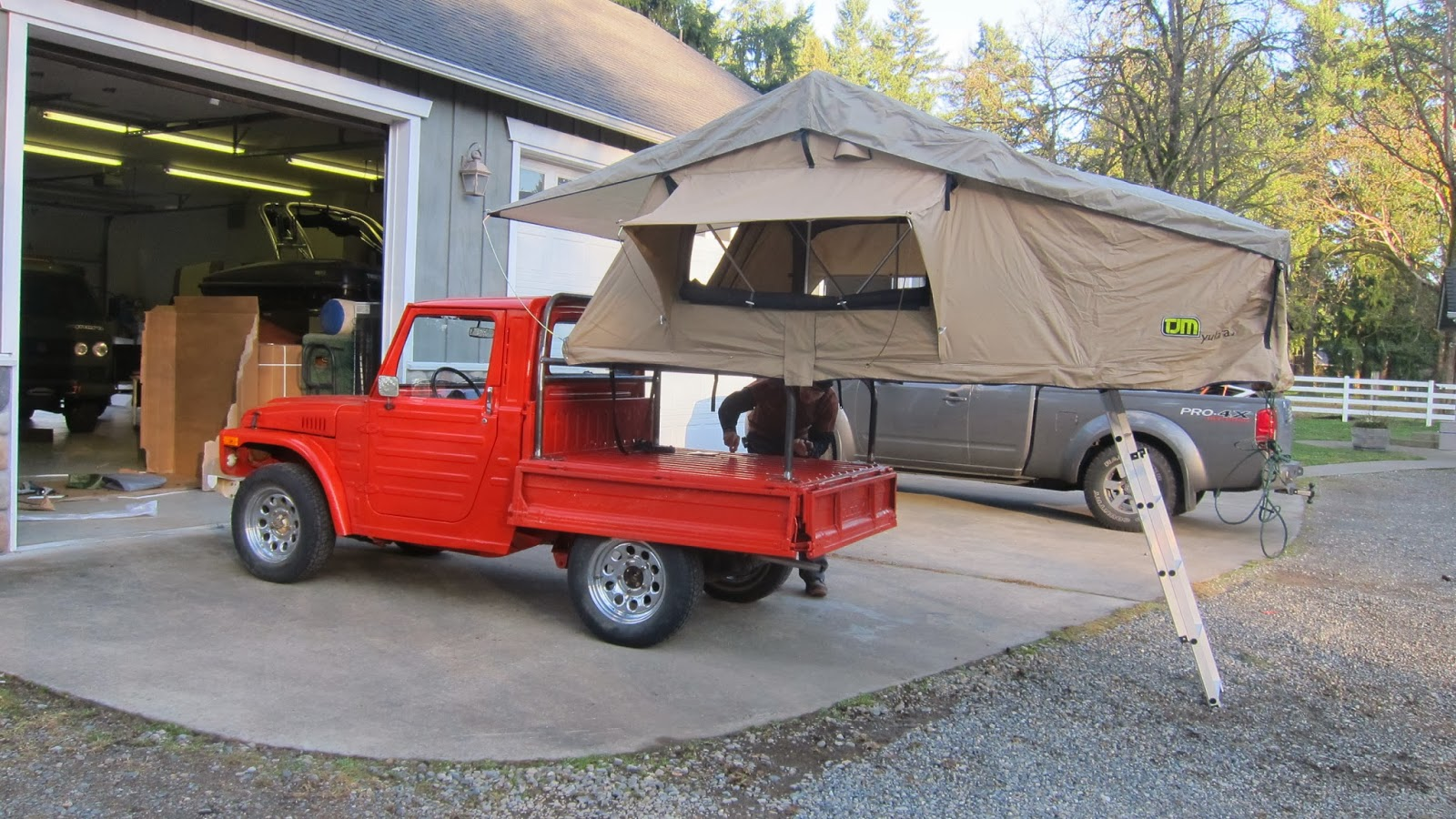 The LJ81 in camping mode