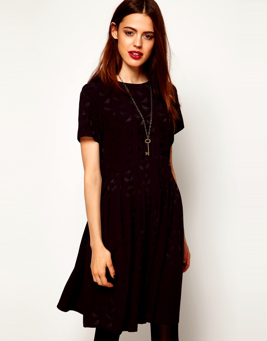 Women's Dresses Find a perfect dress, including maxi dresses, long sleeve dresses, rompers, jumpsuits and lace dresses. Find a professional dress for your next big interview to nail the job.