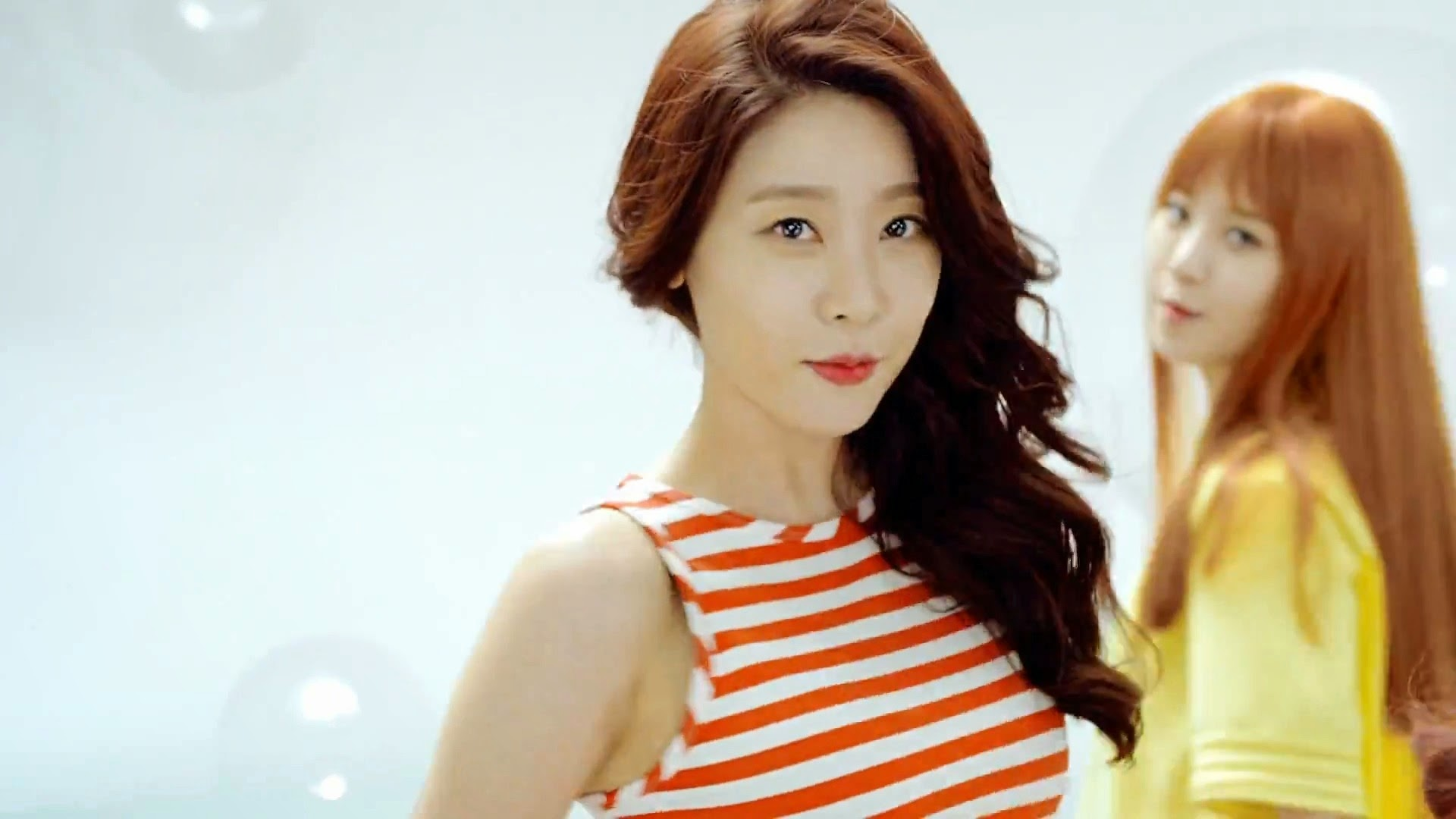 Girl's Day Sojin in Hello Bubble MV