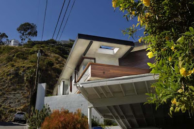 Desain Eksterior Rumah Mewah Modern Terbaru