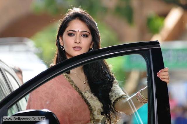Anushka+Shetty+(5)