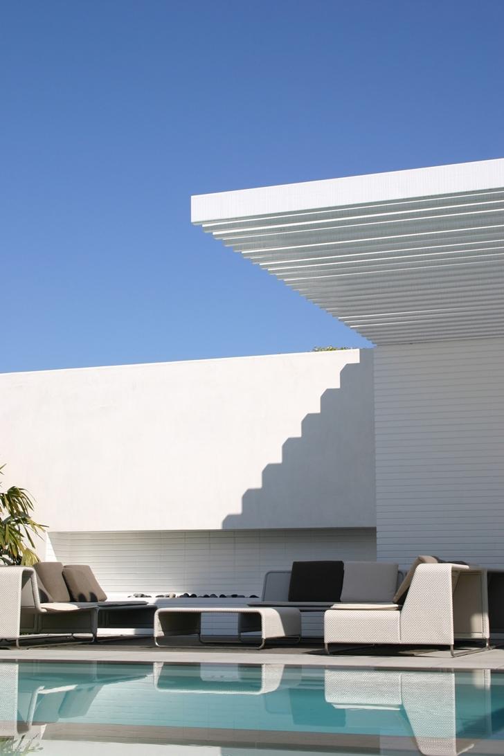 Terrace furniture in CORMAC Residence In California