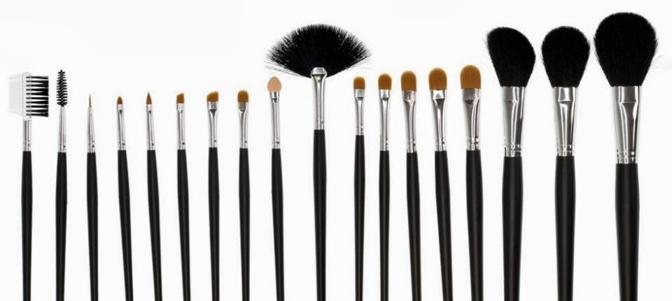 Different Makeup Brushes