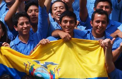 AMÉRICA/EQUADOR - Jovens católicos levam o Evangelho de porta em porta, principalmente nas áreas mais carentes