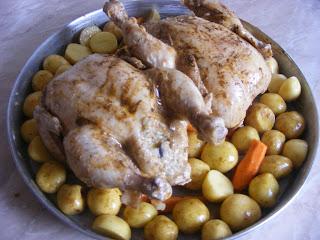 retete cu pui, retete de mancare, pui la cuptor, pui umplut cu legume, retete culinare, preparate culinare, friptura de pui, pui intregi la cuptor, retete cu carne de pui,