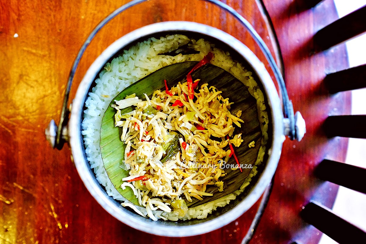 Nasi Liwet (www.culinarybonanza.com)