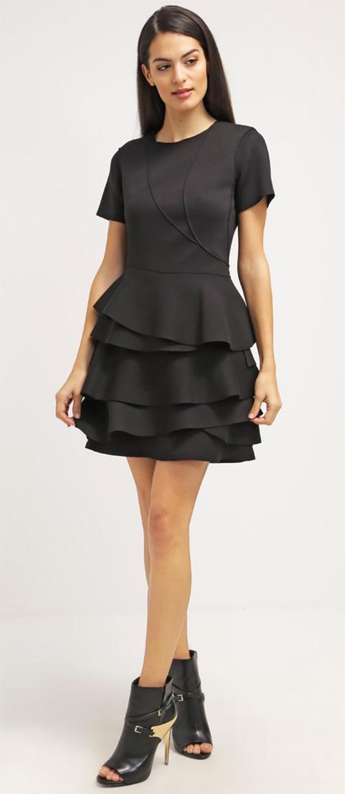 Robe courte noire originale DKNY