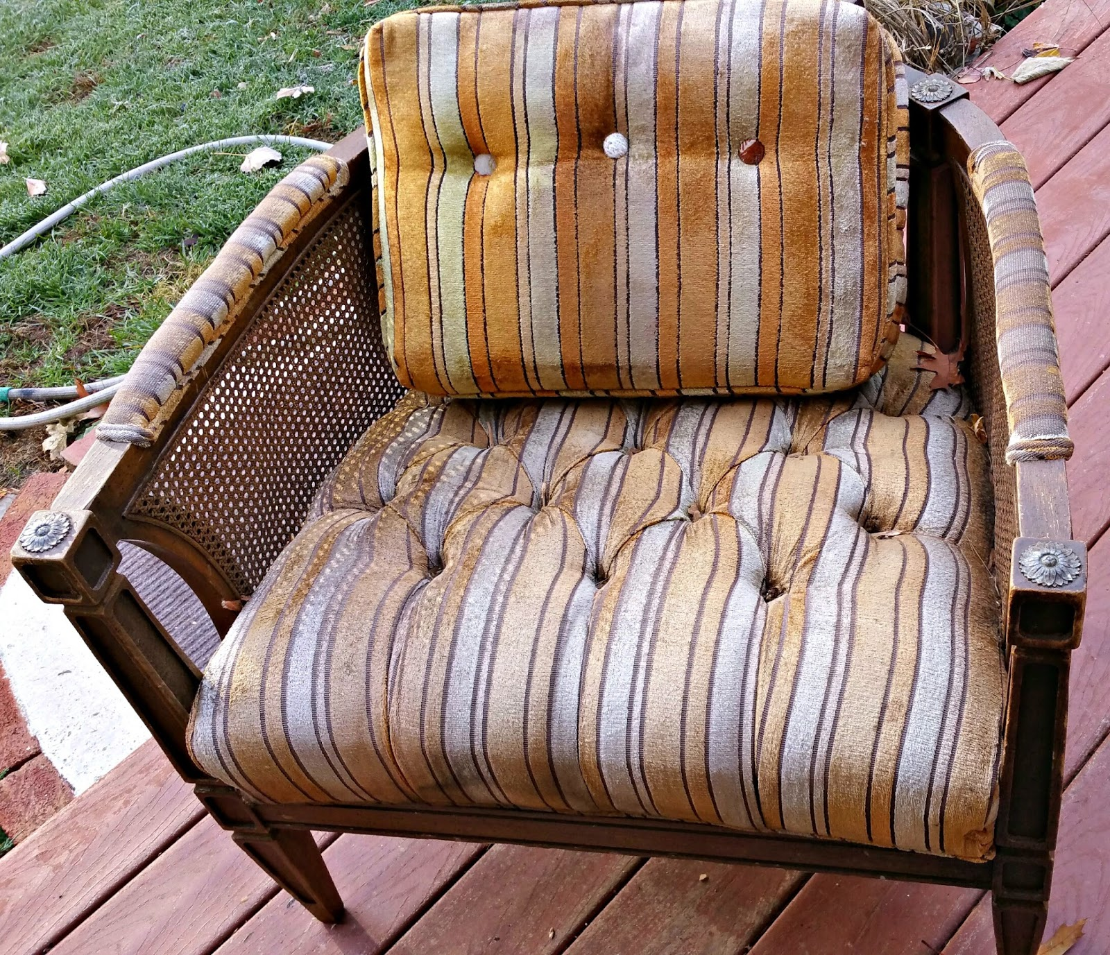 Antique barrel chairs - Fake An Antique Like A Boss