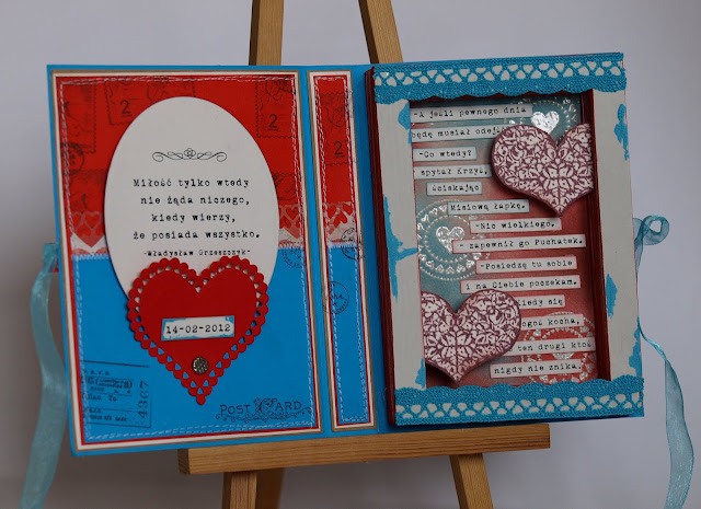 czerwony i niebieski_milosna_walentynka_kartka książka_cytat z Kubusia Puchatka_ćwiek gwóźdź