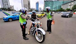 Memodifikasi kendaraan adalah kejahatan? Para bikers setuju atau tidak?