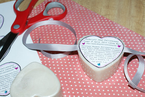 DIY Homemade Valentine Solid Lotion Bar Hearts Recipe - DIY Beauty Gift Idea for Valentine's Day or Wedding Favors