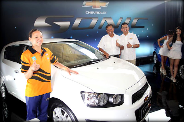 Pandelela Rinong with her new Sonic