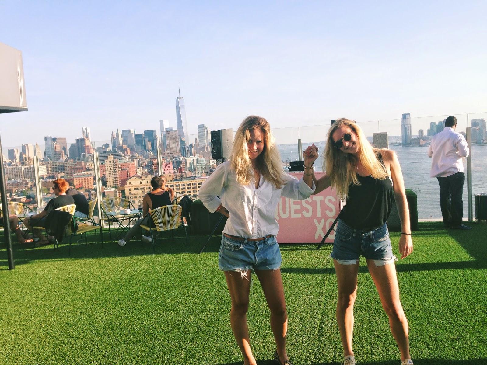 Blonde Tigers: SKY GARDEN - LE BAIN