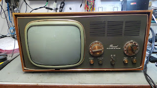 Ferguson 3629 Personal Dual-standard monochome television receiver restoration.