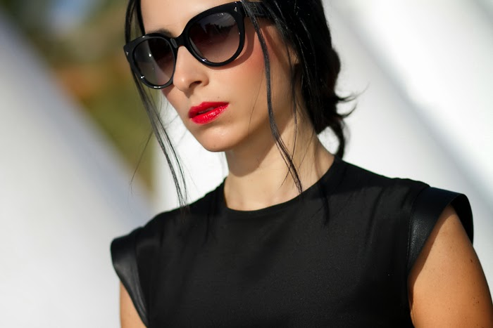 Details  Bianca Bress by CHRISTINE & CHRISTOPHE and 17OS Prada Sunglasses