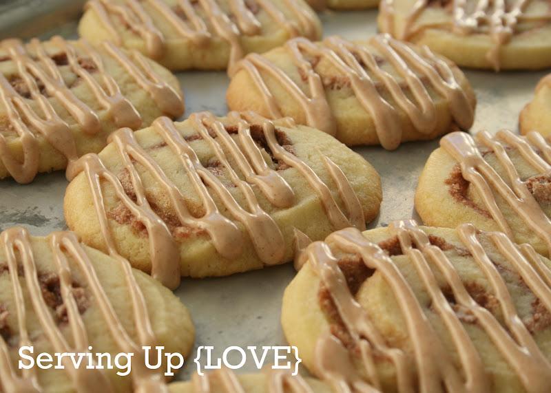 Katherine's Kitchen: Serving Up {Cookies}: Cinnamon Roll Cookies