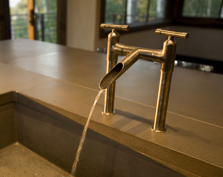 Exceptionnel About Choosing That Rustic Faucet...... One Thing Which Must Be Considered  Is The Finish Of The Faucet. Finishes Are Now Becoming Important In Design  ...