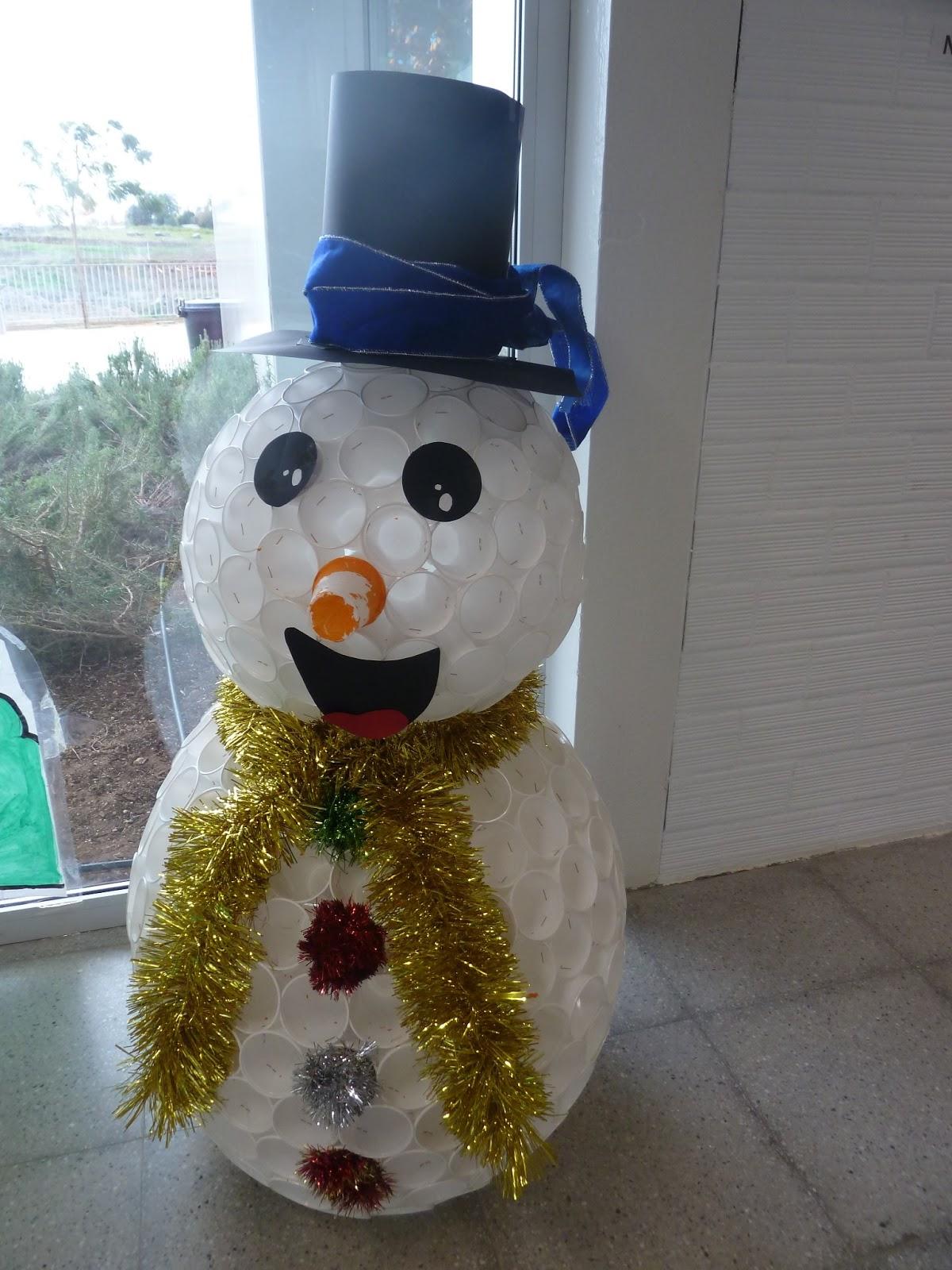 The gallery for nacimientos de navidad en casa for Decoracion para navidad 2014