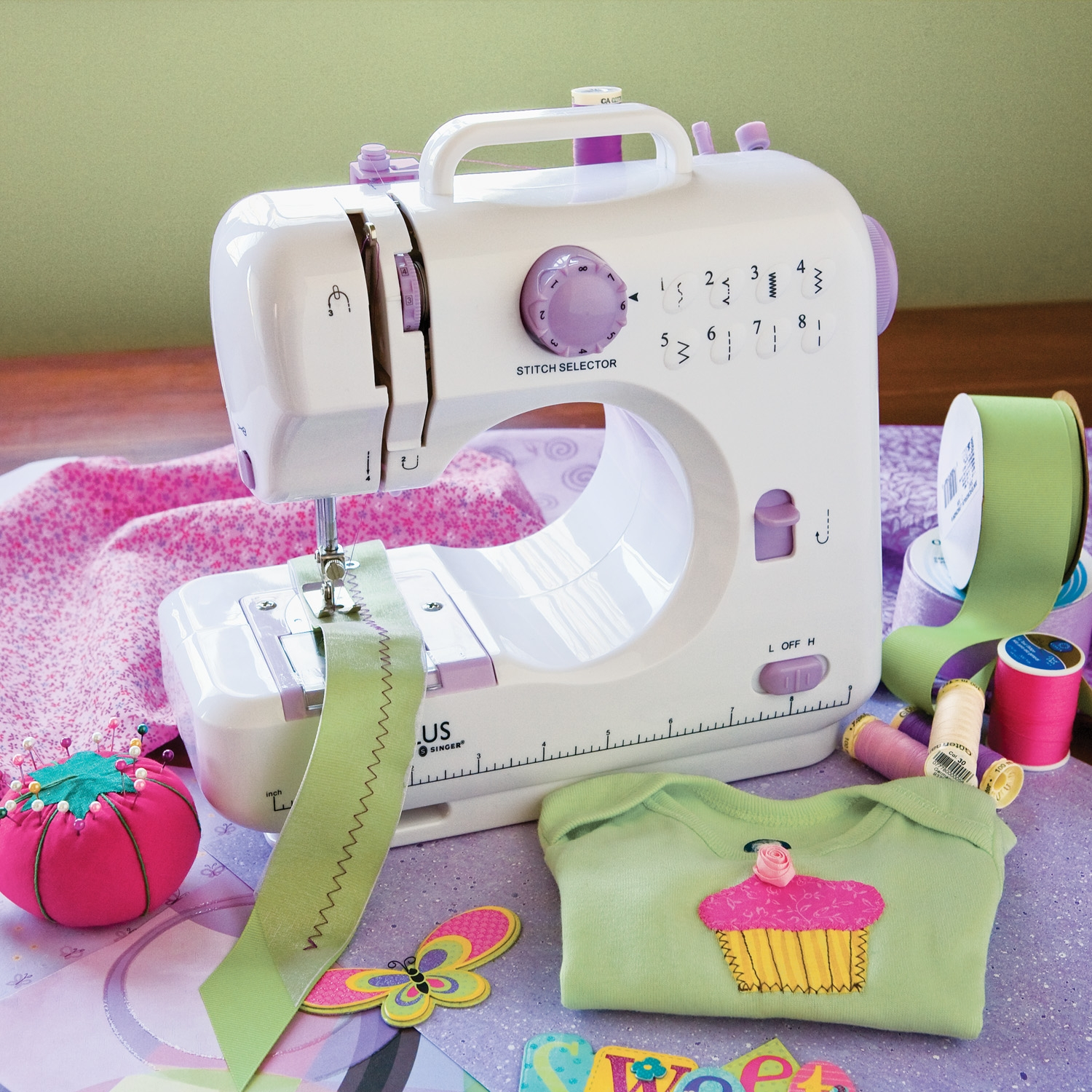singer pixie plus craft sewing machine p WP