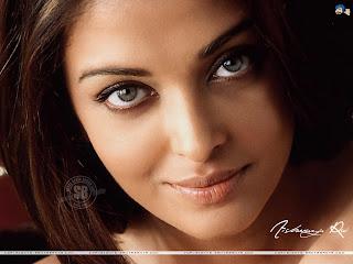 Aishwarya Rai Saree, Aishwarya Rai Saree Pics