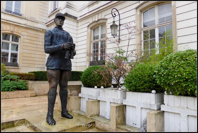 General de Gaulle sculpture Ousmane Sow Versailles